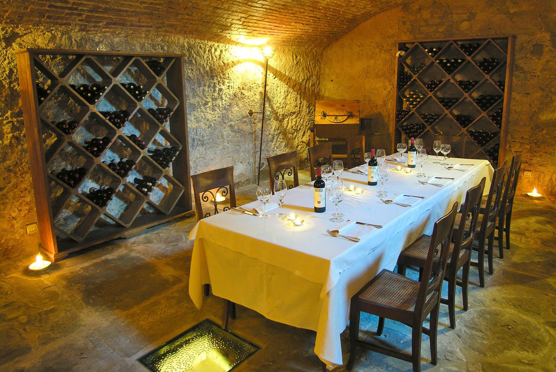 Cave restaurant dans la Vallée du Chianti.
