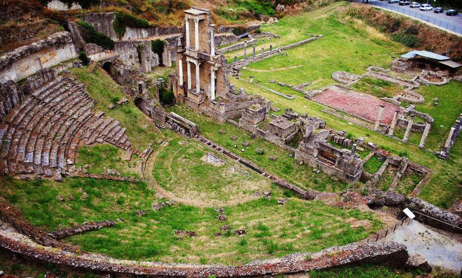 Thêàtre romain de Volterra.