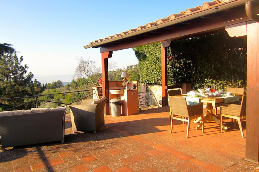 Magnifique B&B à côté de Florence, un logement unique avec un panorama épatant sur la vallée et la coupole de Firenze.