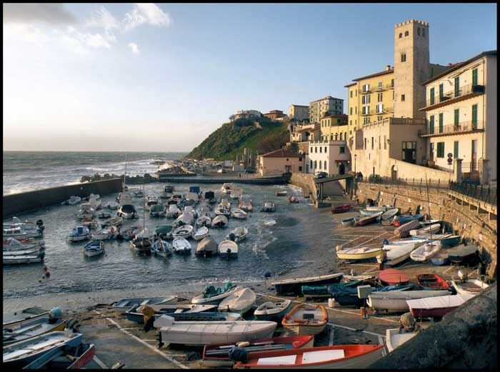 Ancient port de Piombino.